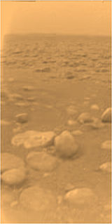 160px-huygens_surface_color